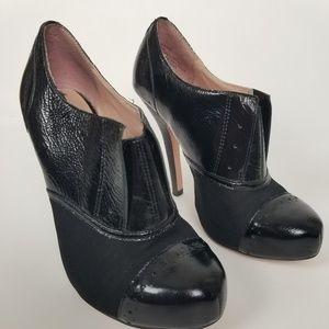 Betsey Johnson Derbby Oxford heels SZ 6.5m